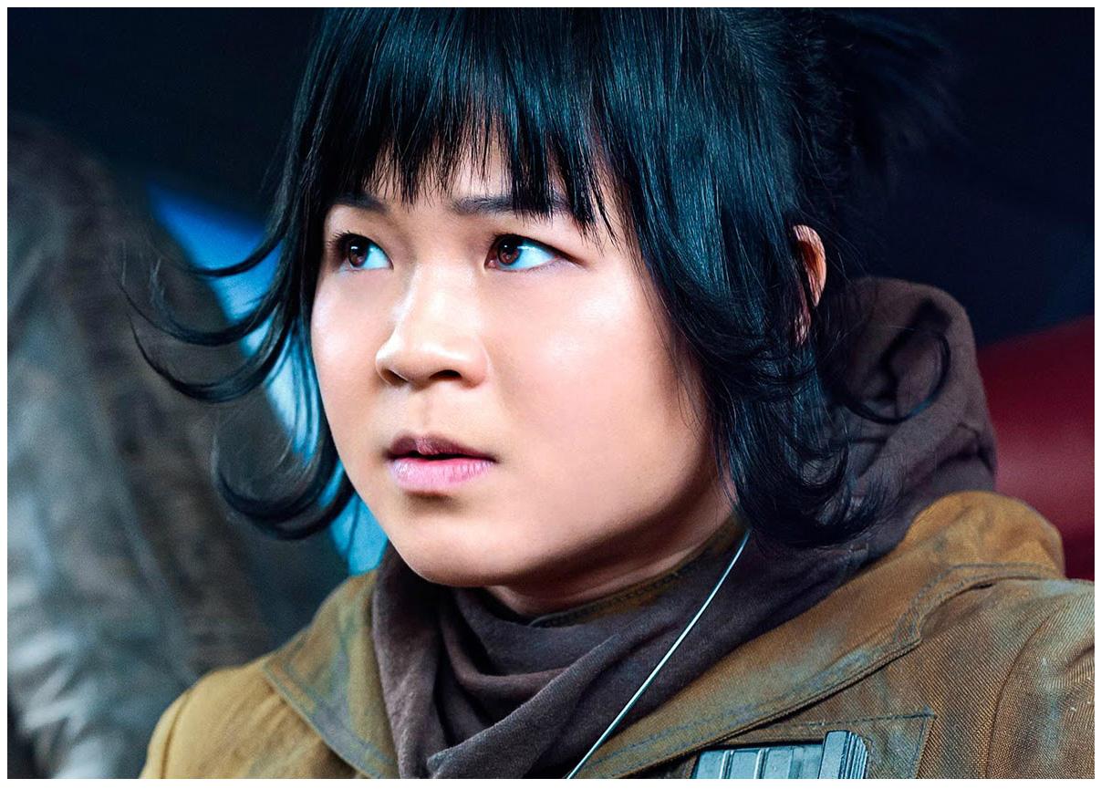 スターウォーズ最後のジェダイローズ役アジア系女性は誰?カップ画像