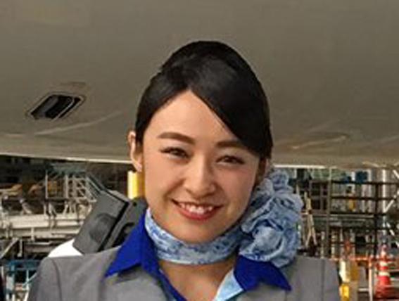 ナカイの窓|美人CA岩井恵美がかわいい!ANA客室乗務員【画像】