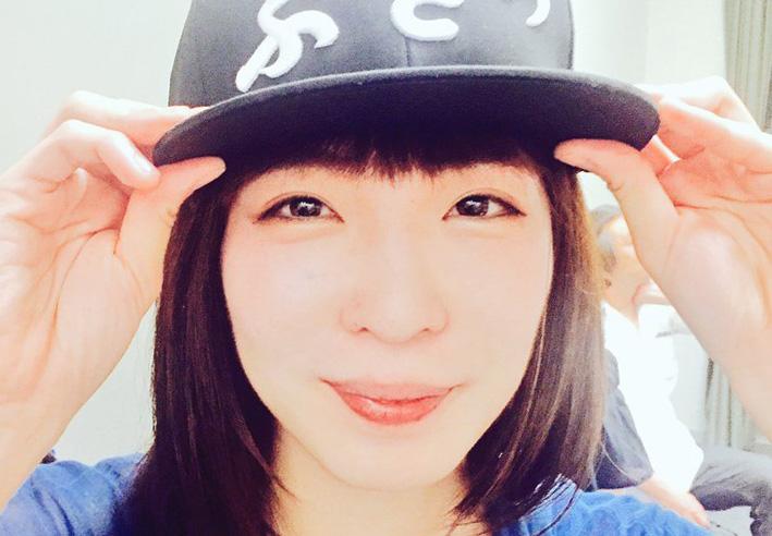 角由紀子はかわいいけど結婚してる?aikoに似てる?メガネ画像も!